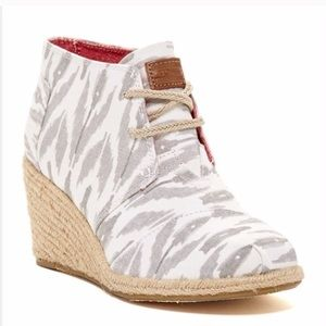 Toms Ikat Desert Wedge Booties